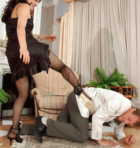 Избил муж